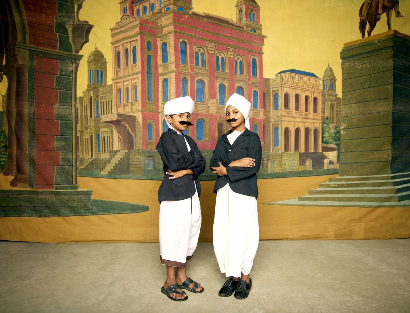 Nandini Valli Muthiah, <em>Two Bhartiyars, </em><em> </em>2010
